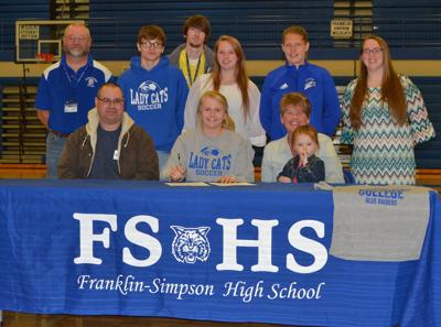 Rittenberry signs with Lindsey Wilson
