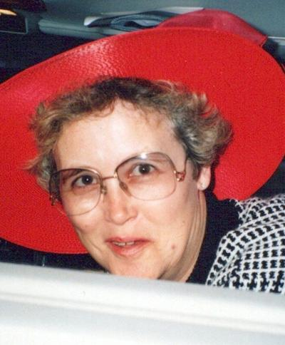 Sue Hammock w-pic