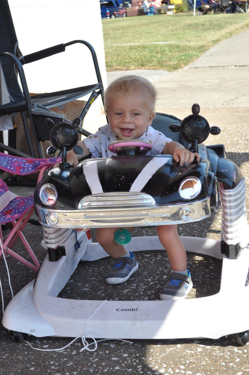 Car Show attracts crowd to downtown Franklin