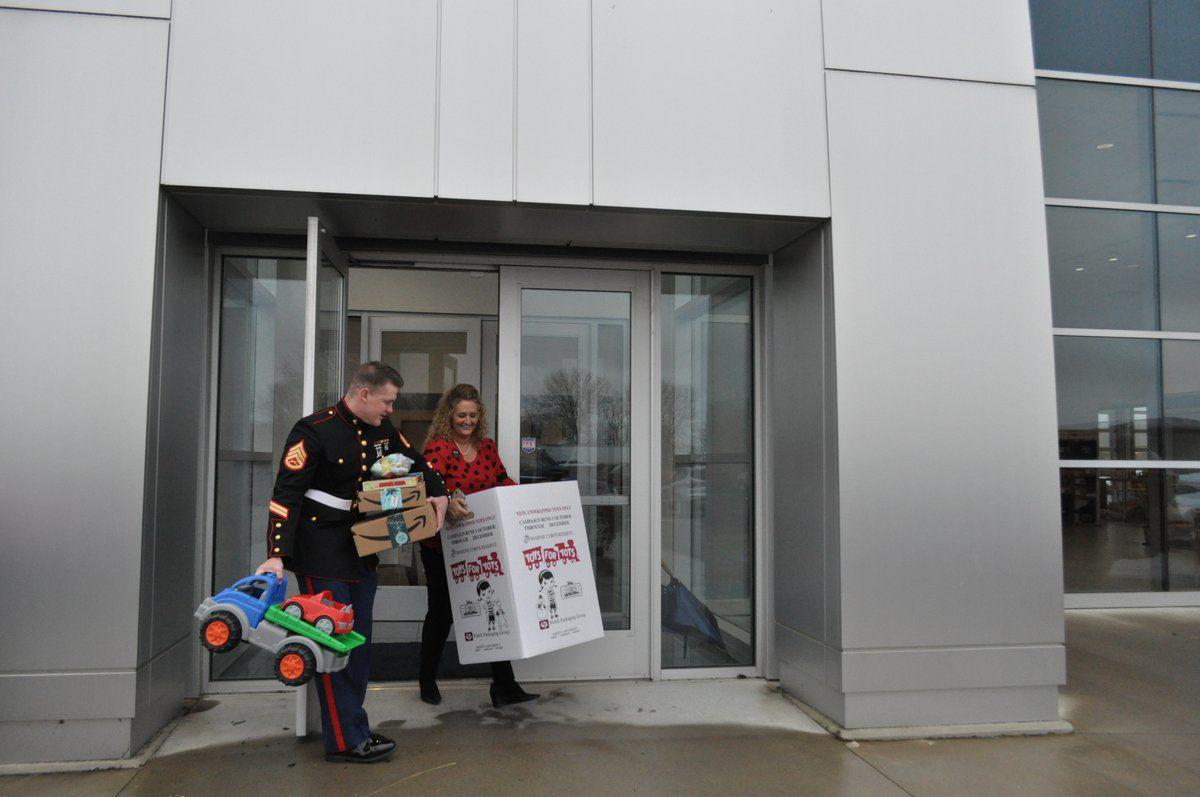 Franklin businesses donate to annual Toys for Tots drive