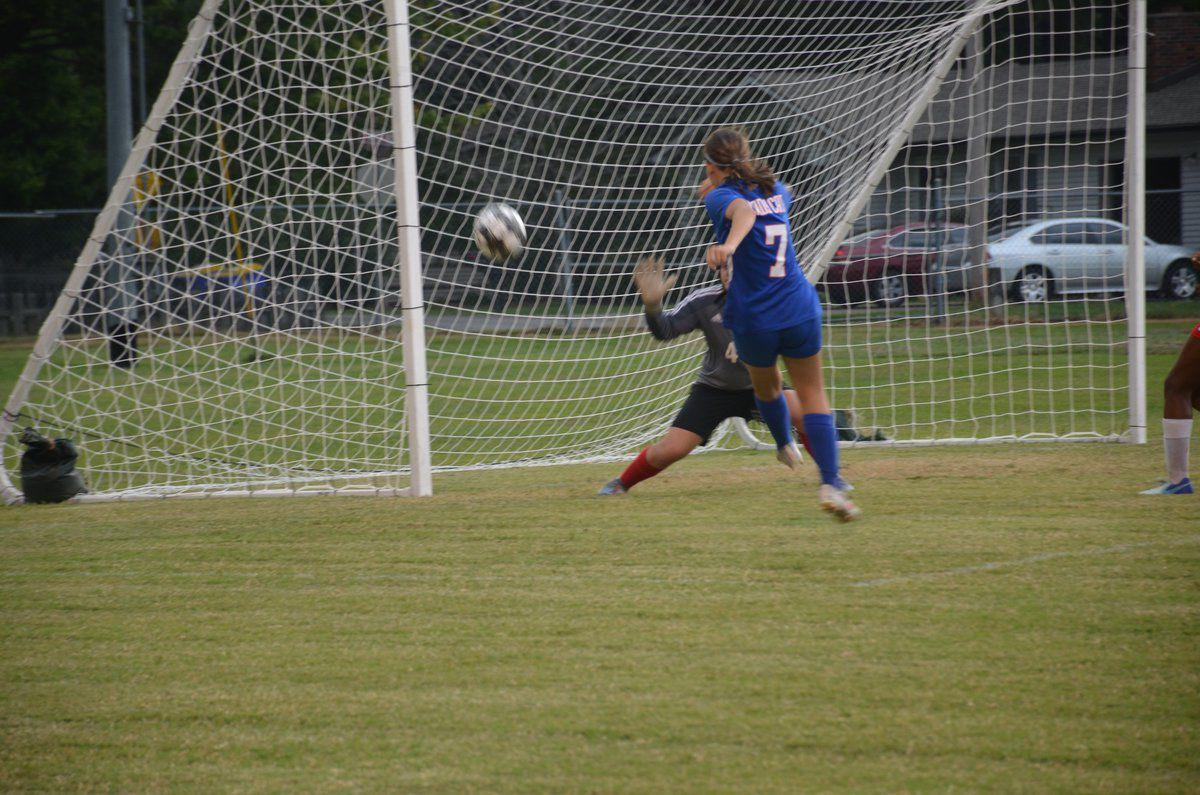 Lady Cats sweep pair of 13th District matches