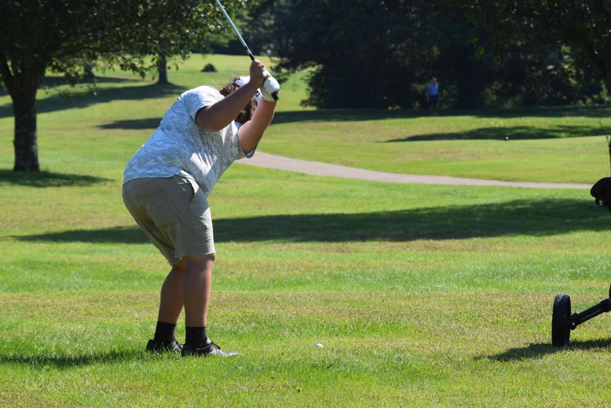 Logan County hosts Boys Region 3 Golf Tournament at Rolling Hills
