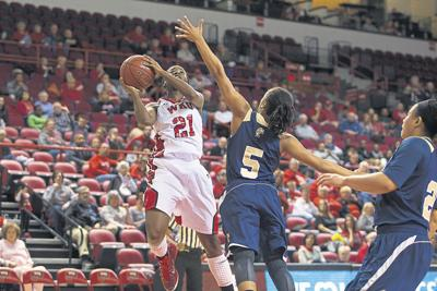 Lady Topper basketball 24th in latest AP poll