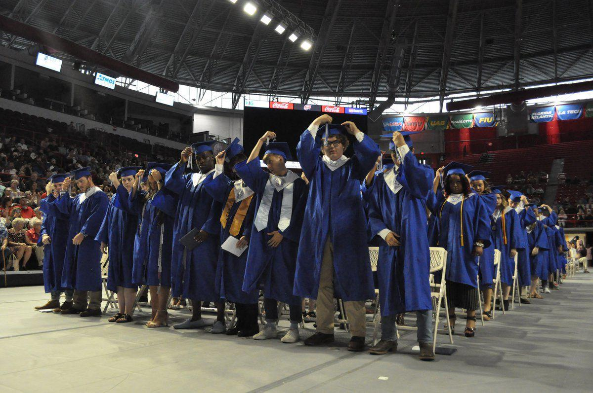Franklin-Simpson High School holds 75th commencement ceremony