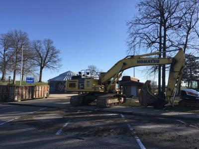 Welcome Center closing for razing, rebuilding