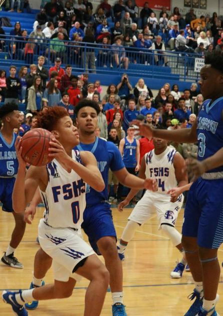 wildcats f ly high over glasgow on senior night