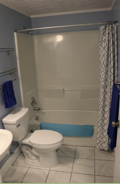 Photo - Bath 2