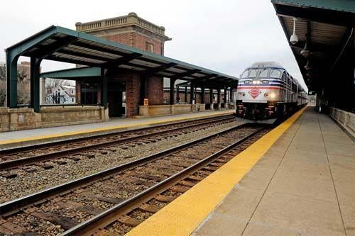 PHOTO: Train station