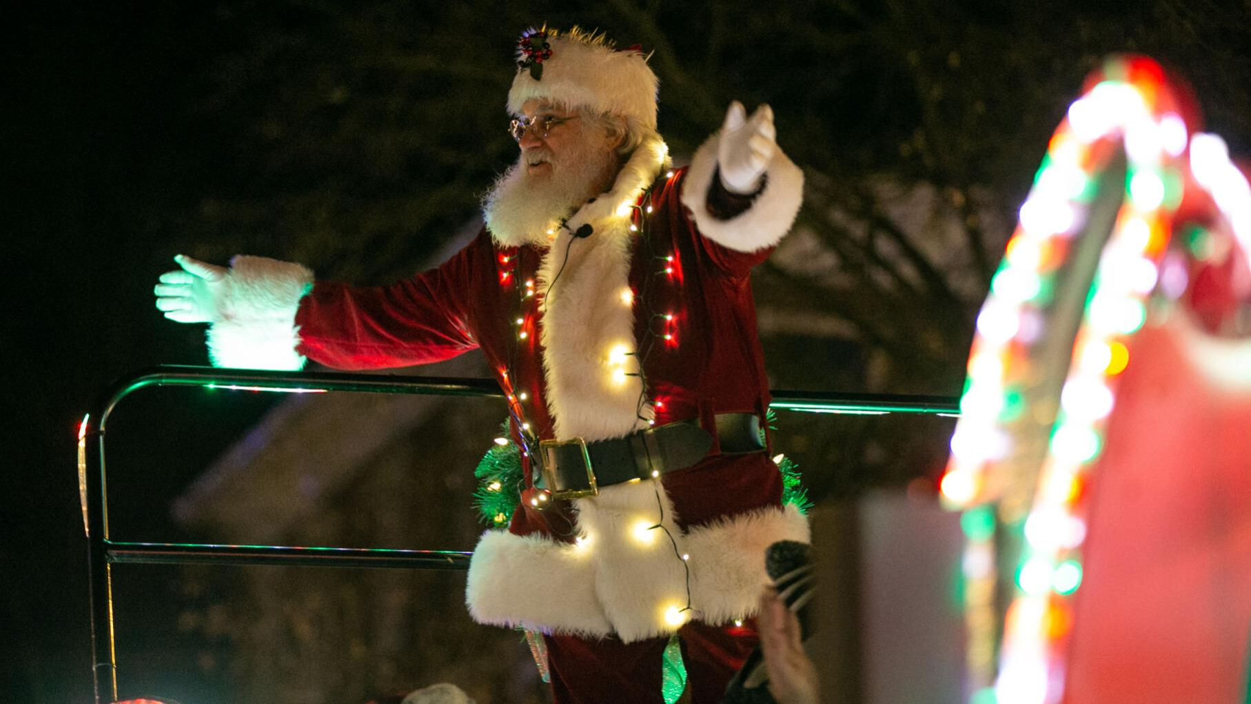 Open Christmas Day 2020 Central Park Fredericksburg Deadline nearing to enter Fredericksburg Christmas Parade | Local