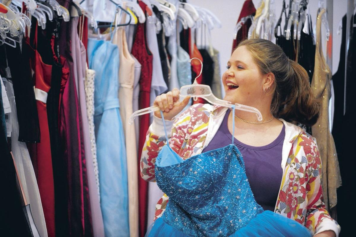 Cinderella\'s Closet to offer free prom dresses this Saturday in ...
