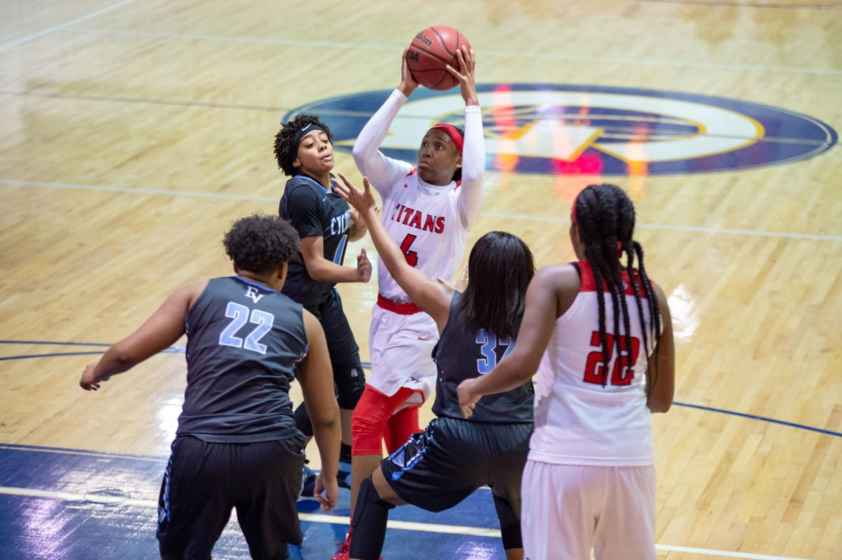 6fa78f542c18 Class 4 State Quarter Finals  Eastern View vs Lake Taylor girls Basketball