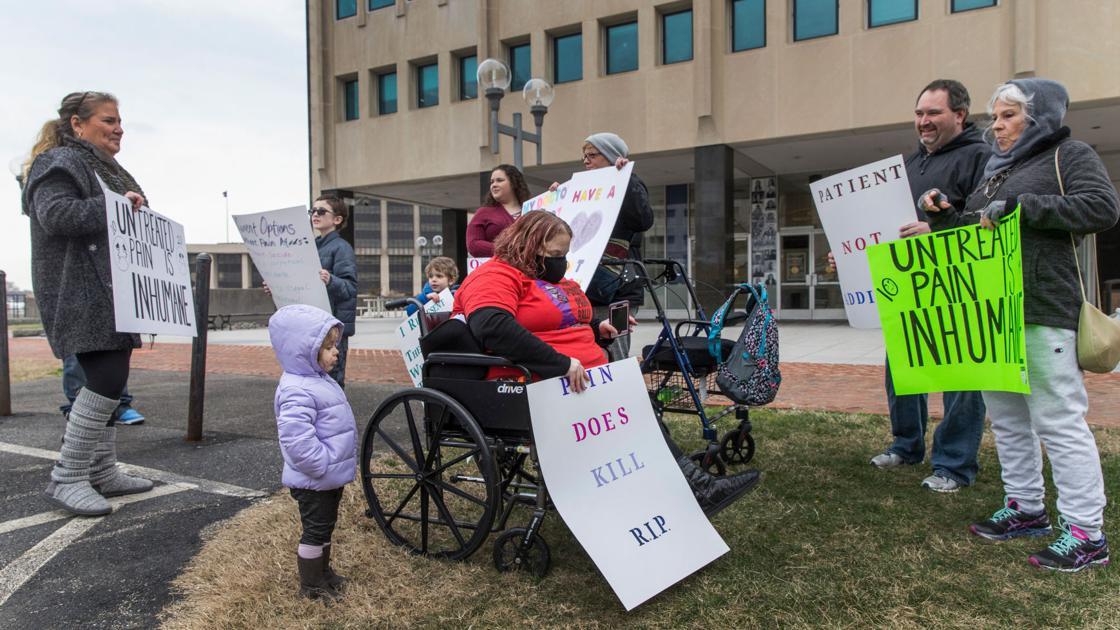 Chronic pain patients rally, refuse to 'suffer in silence'