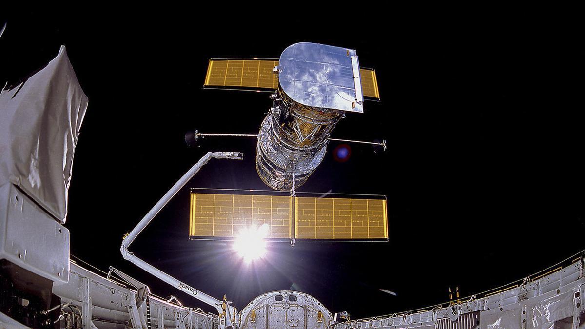 Hubble's deployment 1990