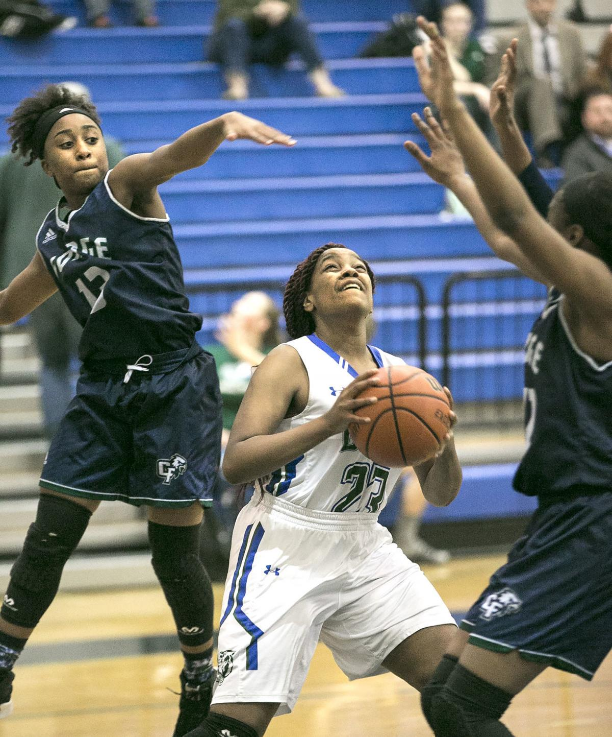 Colonial Forge at Riverbend girls basketball