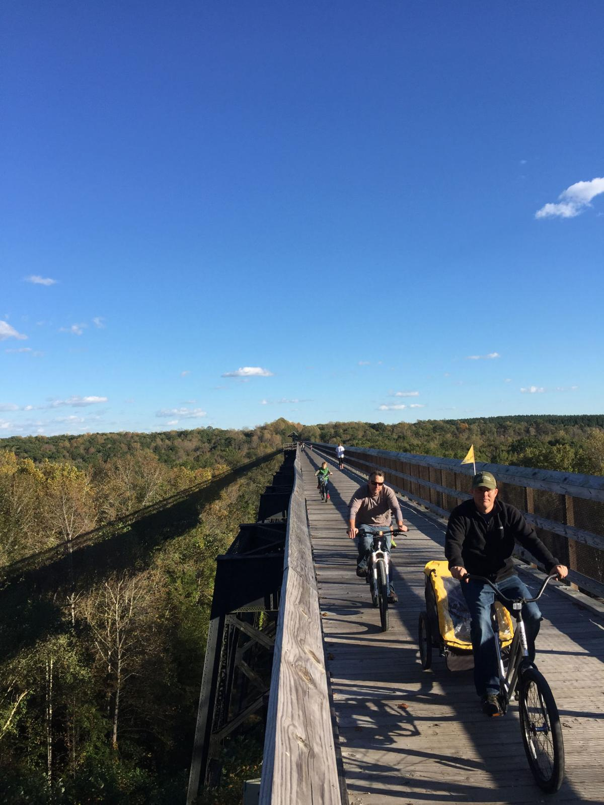 Day trip to Farmville: From Green Front to High Bridge to