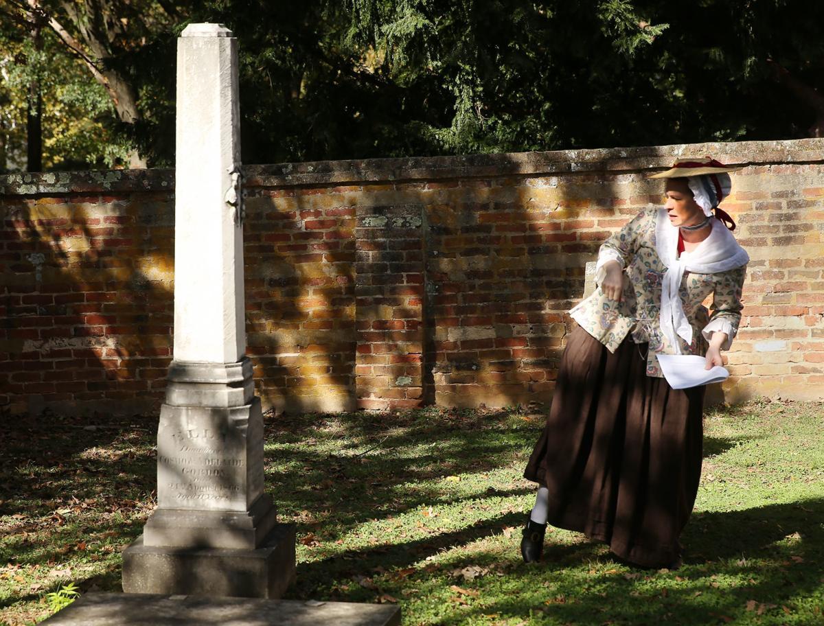 Fredericksburg cemetery tour