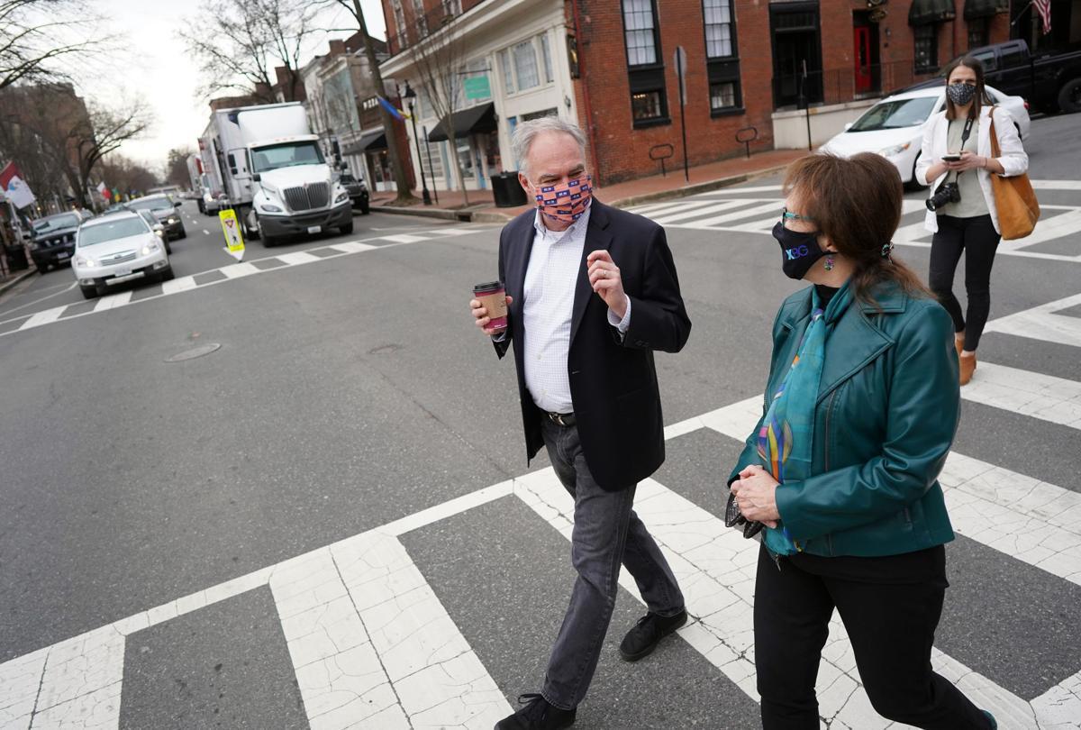 Sen. Kaine visits Fredericksburg