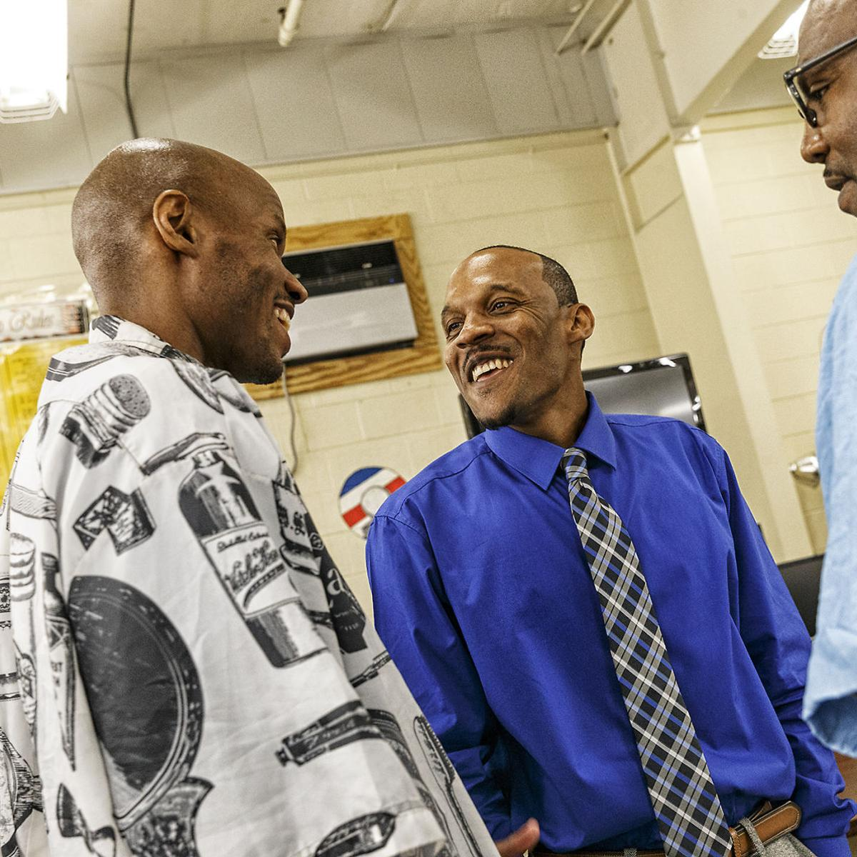 Barber program gives former inmates a chance on the outside