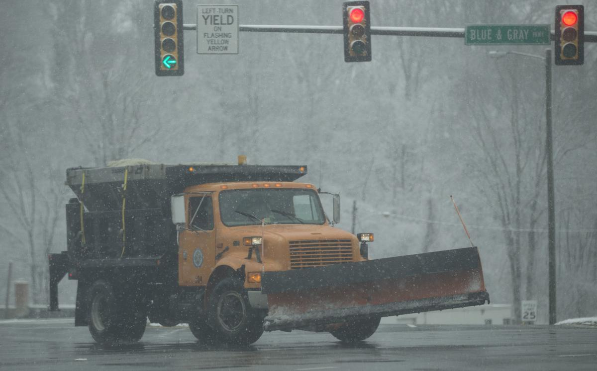 Snow blog: State police report 382 crashes across Virginia