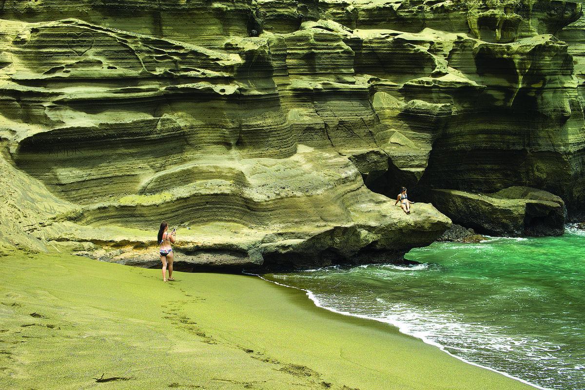red black green sand on hawaiian beaches not just golden