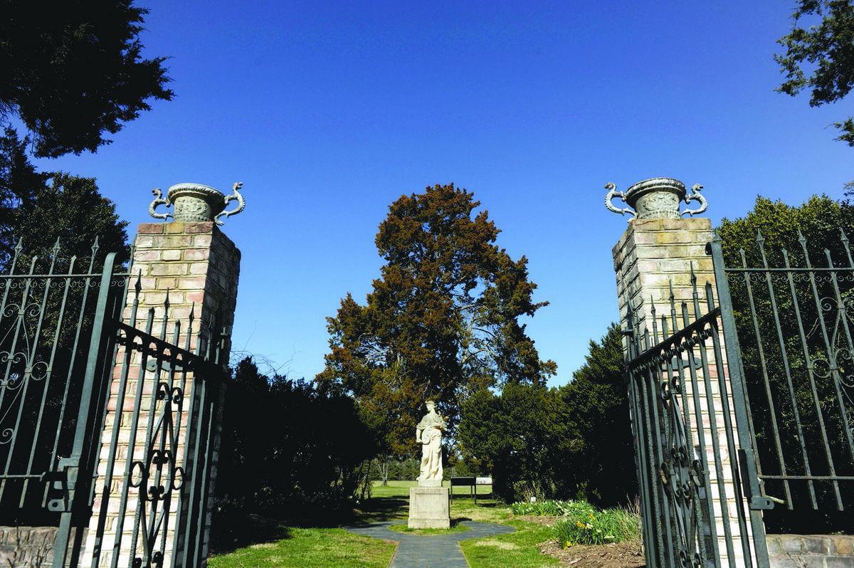 Neighborhoods: Falmouth