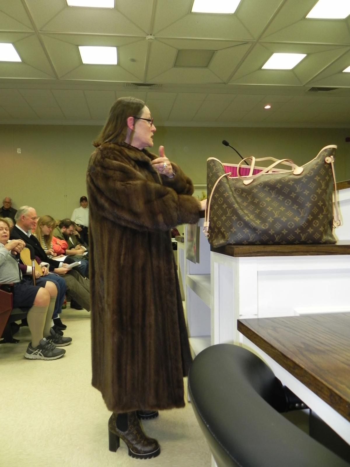 Westmoreland attorney makes fashionable case against