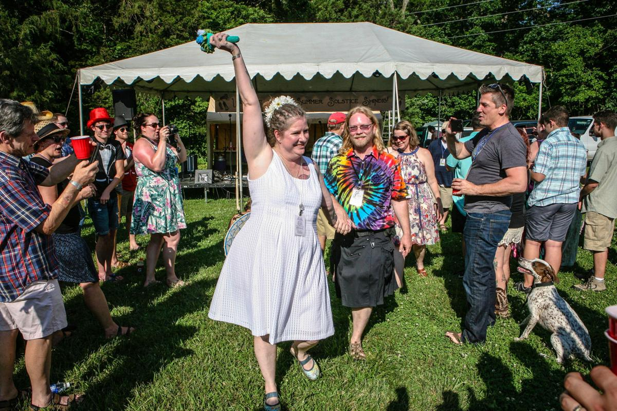 Discover: Wedding shindig was festival of couple's dreams