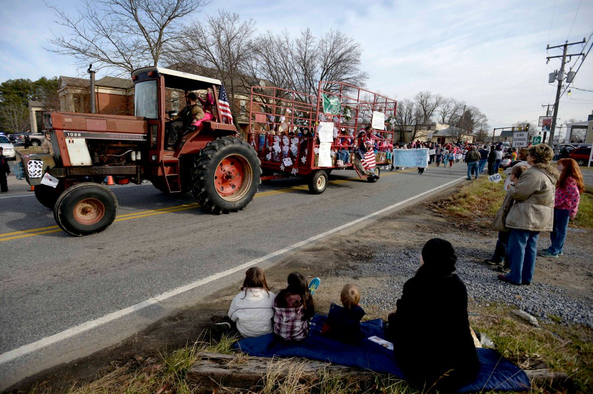 37th Annual Spotsylvania Christmas Parade | Featured ...