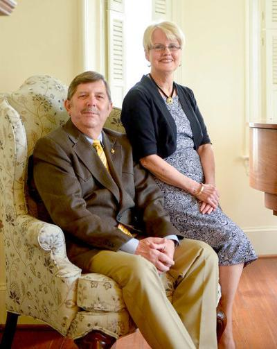 Dr. Robert and Mrs. Beverly Gates honored as recipients of the 2020 Chancellor's Award for Leadership in Philanthropy