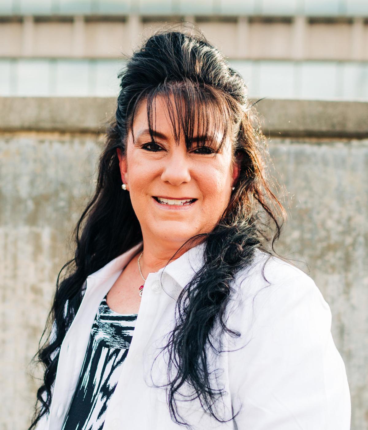 Lourdes Carvalho