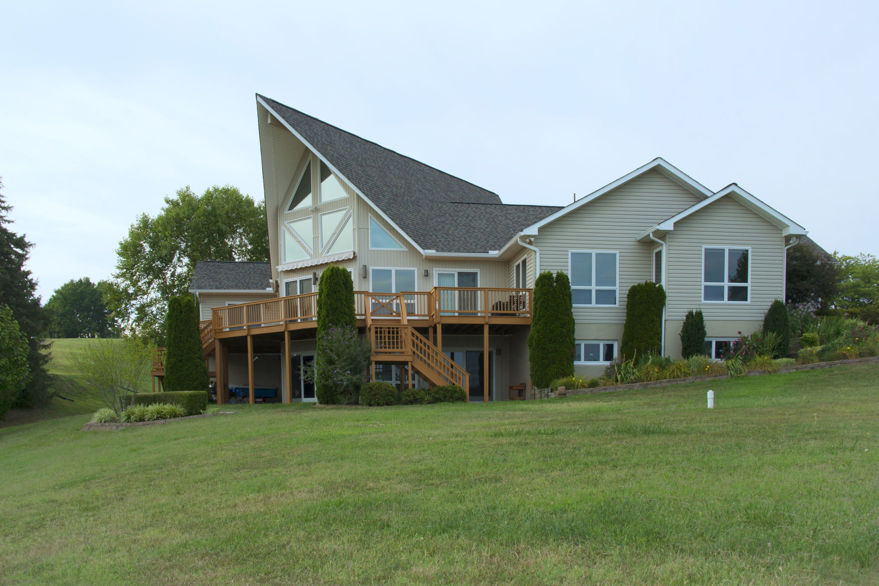 lake anna waterfront house on the market for 999 999 house and rh fredericksburg com