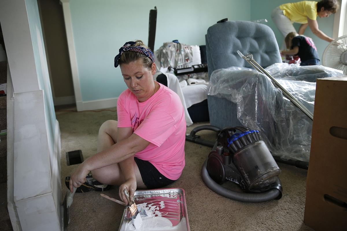 Surprise makeover comforts young mother's grieving family