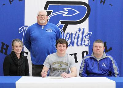 Dylan Mayfield signs with NWU football