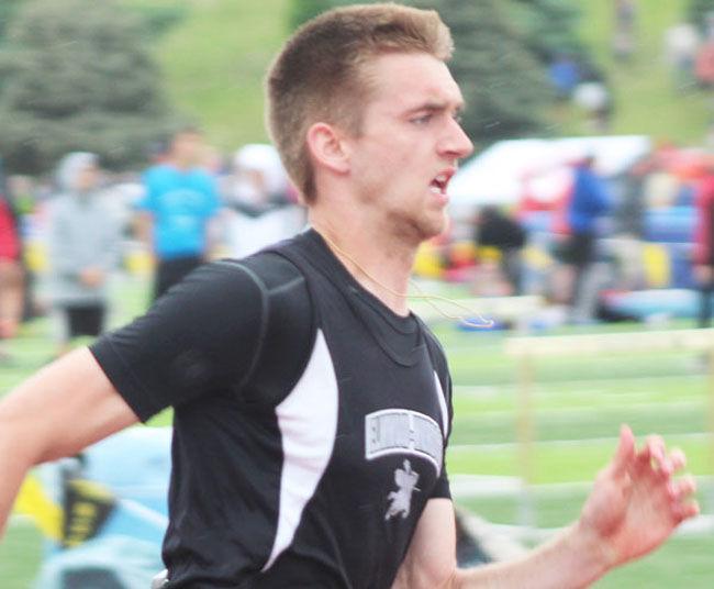 Elmwood-Murdock Carter Bornemeier 200 meters finals