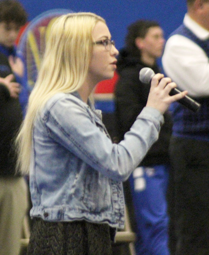 Gracey Simms national anthem photo