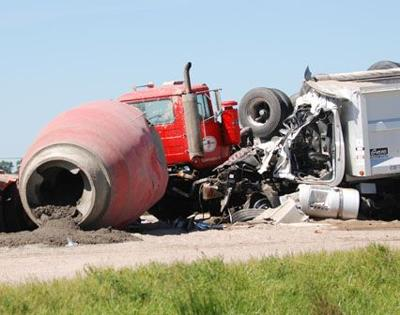 Fatal accident closes Nebraska Highway 109 | Local News