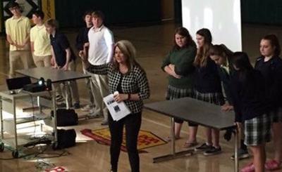 Lichtenberg speaks at school