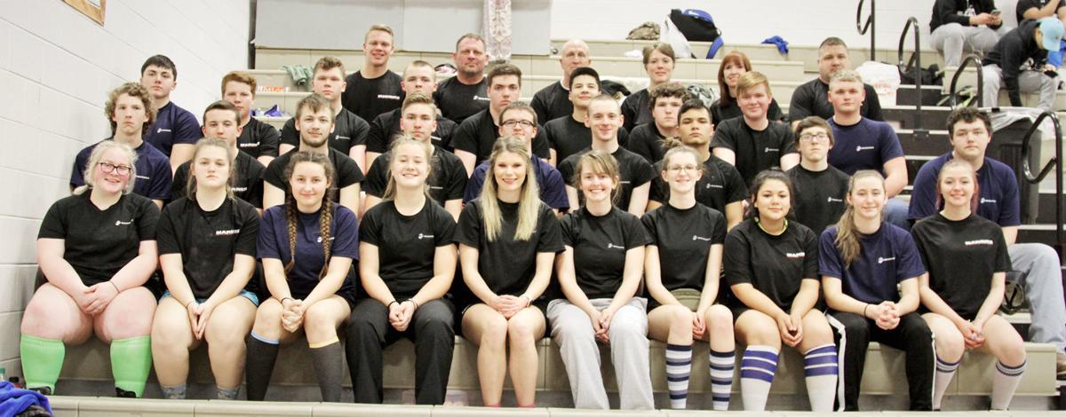 Plattsmouth powerlifting team photo