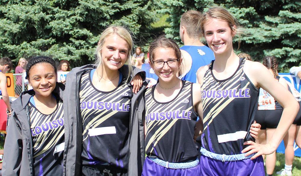 Louisville girls 400 relay team photo