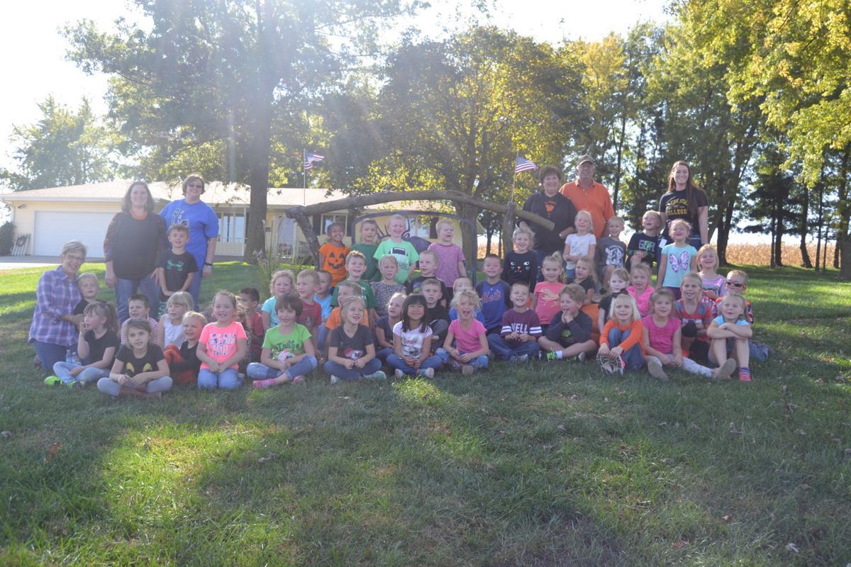 Elmwood-Murdock Pumpkin Patch Field Trip