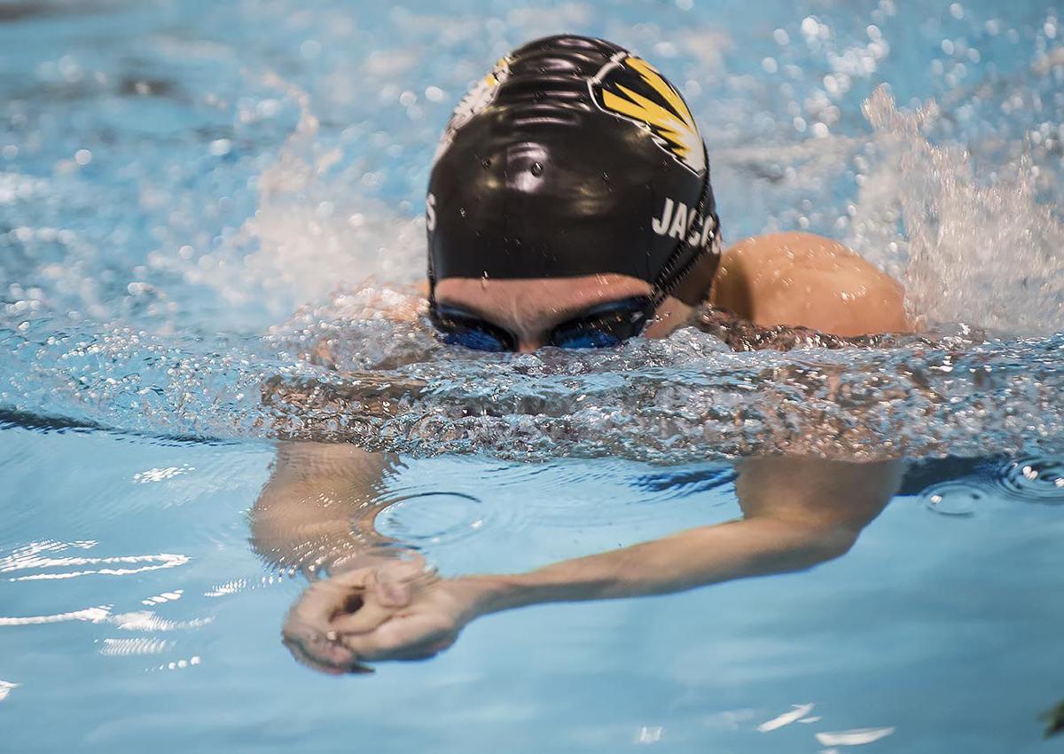11-29-18 fhs swim 4.jpg