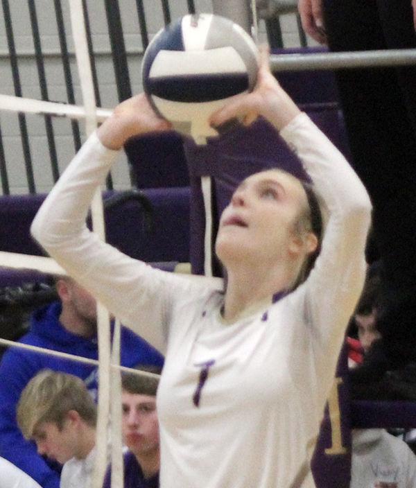 McKenzie Norris sets volleyball vs Freeman
