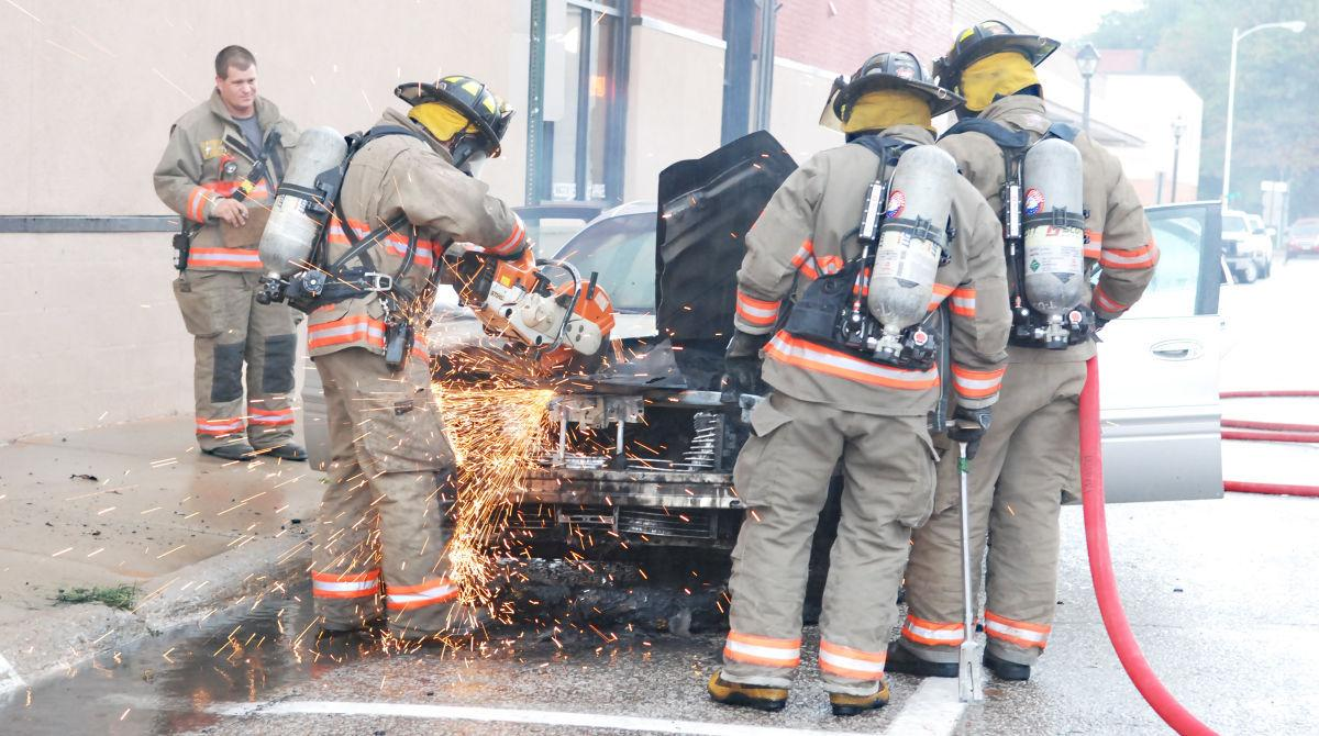 Car catches on fire in downtown Fremont | Local News