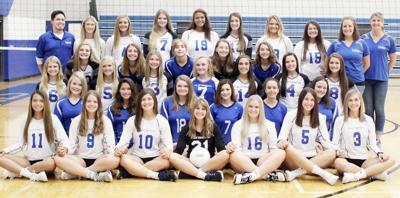 2019 Plattsmouth volleyball team photo