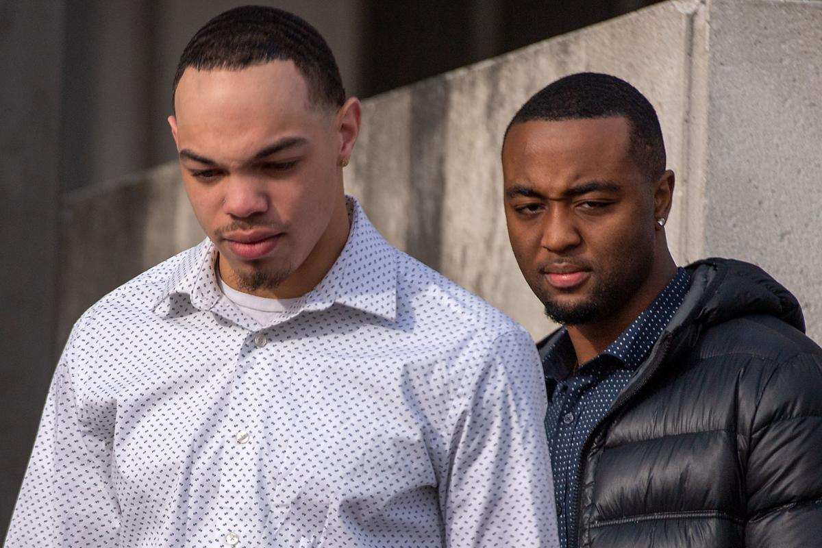 Ex-Huskers Court Hunt LeGrone