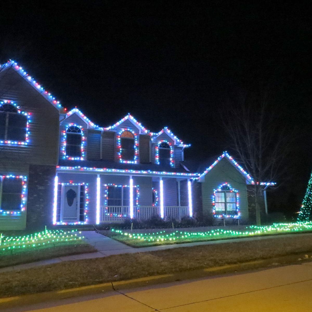 Arlington Resident S Unique Light Show