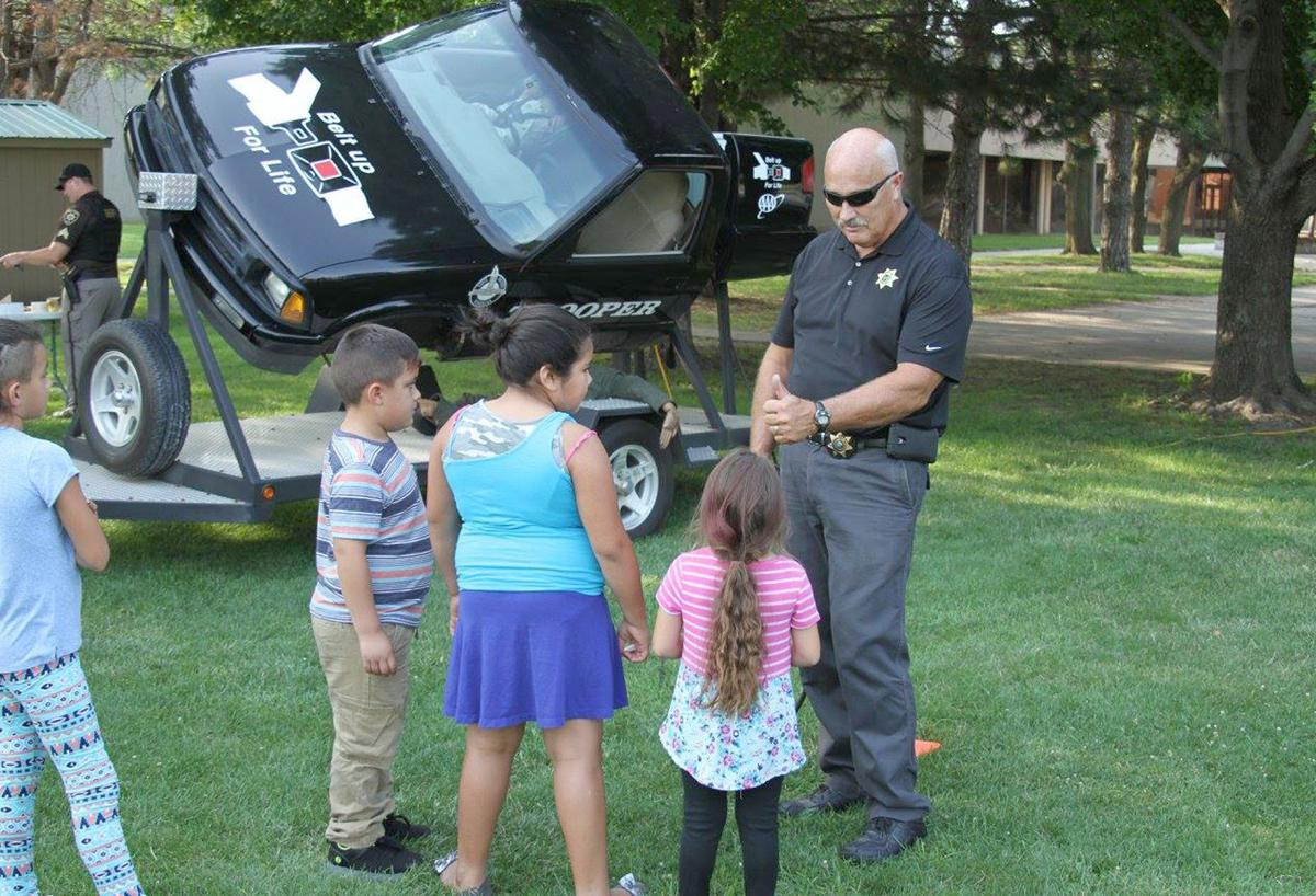 National Night Out Sheriff and kids