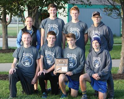 Plattsmouth boys team photo at districts