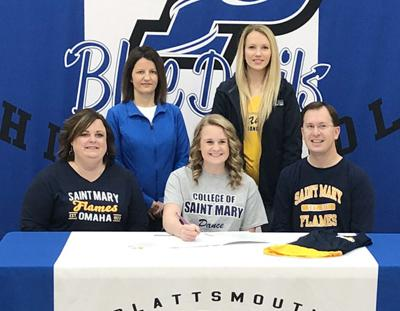 Kayla Harvey signs letter with CSM dance team