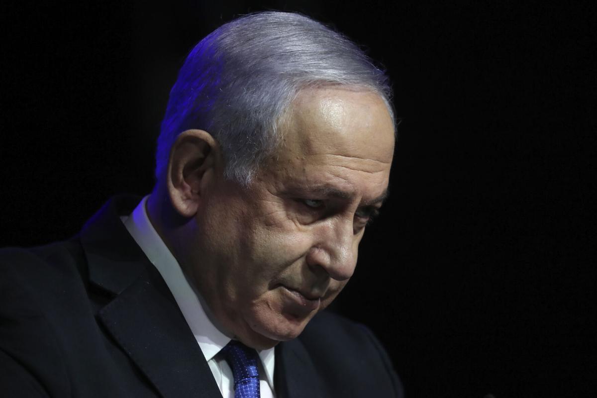 Israel-Desperate Netanyahu